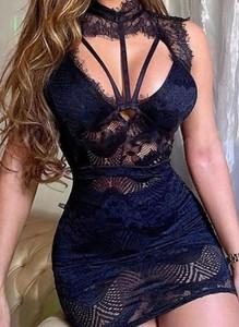 Czarna sukienka Arilook
