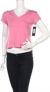 Różowa bluzka Alia w stylu casual z krótkim rękawem