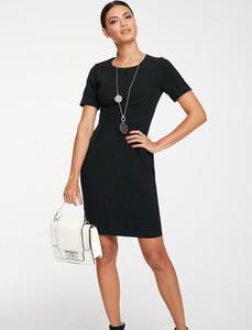 Czarna sukienka Heine z okrągłym dekoltem z krótkim rękawem