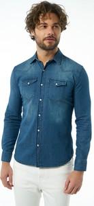 Niebieska koszula Auden Cavill w stylu casual z bawełny