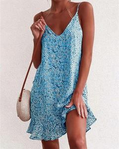 Sukienka Kendallme z dekoltem w kształcie litery v mini z odkrytymi ramionami