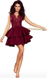 Czerwona sukienka Moda Dla Ciebie z dekoltem w kształcie litery v mini rozkloszowana
