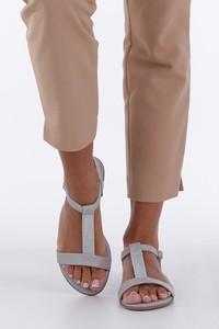 Sandały Casu z klamrami ze skóry ekologicznej
