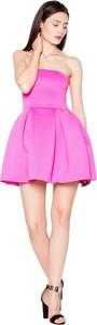 Różowa sukienka Venaton mini