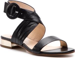 Czarne sandały Hogl na obcasie w stylu casual