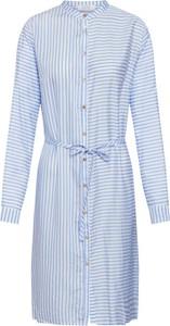 Niebieska sukienka Love & Divine koszulowa z okrągłym dekoltem