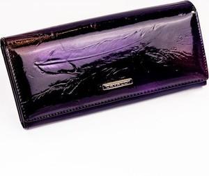 Fioletowy portfel 4U Cavaldi w młodzieżowym stylu