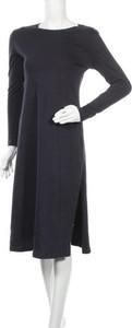 Sukienka Casa Amuk z długim rękawem z okrągłym dekoltem w stylu casual