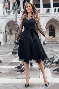 Sukienka Ivet.pl midi z okrągłym dekoltem