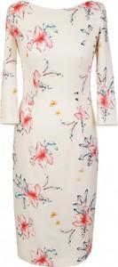 Sukienka Nife z okrągłym dekoltem w stylu casual mini