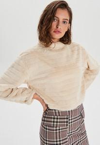 Bluzka Cropp w młodzieżowym stylu