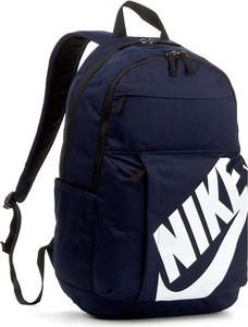 112e1f6a13110 plecak nike czarny - stylowo i modnie z Allani