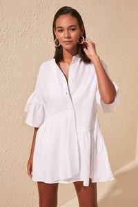 Sukienka Trendyol koszulowa mini z dekoltem w kształcie litery v