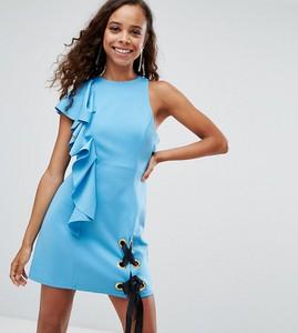 Niebieska sukienka Asos z tkaniny