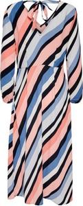 Sukienka WARESHOP maxi z dekoltem w kształcie litery v