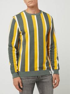 Bluza McNeal w młodzieżowym stylu