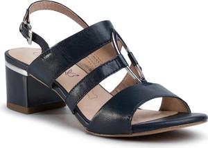 Sandały Caprice z klamrami na średnim obcasie ze skóry
