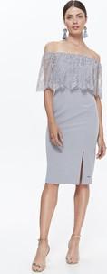 Sukienka Top Secret z dzianiny z odkrytymi ramionami midi