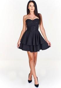 Czarna sukienka Dejmieto