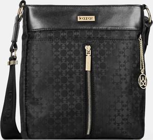 Czarna torebka Kazar z breloczkiem w stylu glamour matowa