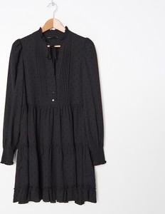 Czarna sukienka House z długim rękawem mini