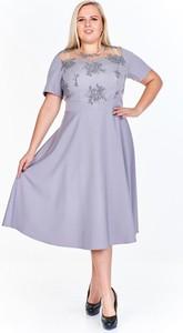 Sukienka Fokus w stylu casual