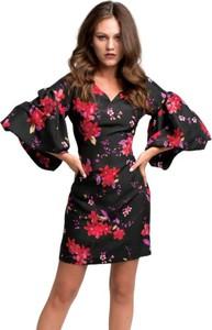 Sukienka My Image Art z jedwabiu mini z długim rękawem