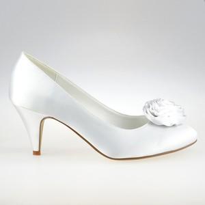 b23e9ffd4464c białe buty do ślubu - stylowo i modnie z Allani