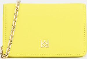 Żółta torebka Kazar w stylu glamour