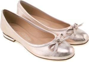 Różowe baleriny Lafemmeshoes ze skóry