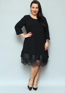 Sukienka KARKO z tkaniny midi
