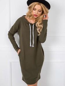 Zielona sukienka Sheandher.pl w stylu casual