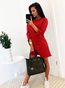 Czerwona sukienka Pakuten z długim rękawem