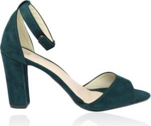 Zielone sandały Selli.com.pl na obcasie w stylu klasycznym na wysokim obcasie