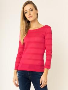 Różowa bluzka Guess z długim rękawem z okrągłym dekoltem