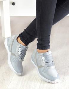 Buty sportowe Damle w sportowym stylu sznurowane z płaską podeszwą
