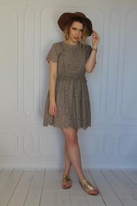 Sukienka arioso.pl mini z krótkim rękawem z bawełny