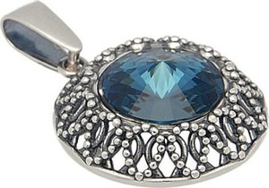 Polcarat Design Srebrny wisiorek z kryształem Swarovskiego W 1914