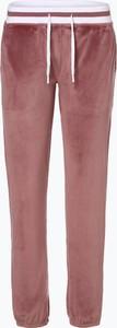 Różowe spodnie sportowe Marie Lund z dresówki