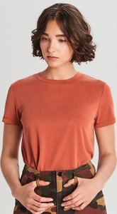 Czerwony t-shirt Cropp z okrągłym dekoltem