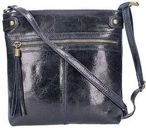 Niebieska torebka Diva`s Bag na ramię z frędzlami