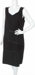 Sukienka Sandro Ferrone prosta na ramiączkach z dekoltem w kształcie litery v