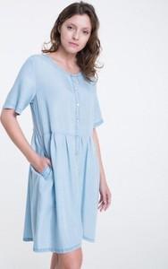 Sukienka Big Star w stylu casual prosta z dekoltem w kształcie litery v