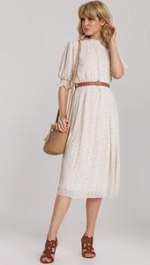 Sukienka Renee z okrągłym dekoltem rozkloszowana