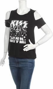 Czarna bluzka Kiss w młodzieżowym stylu