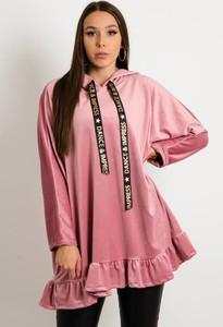 Sukienka Olika z weluru w stylu casual mini