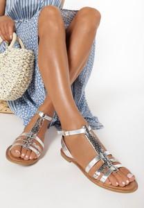 Srebrne sandały born2be z klamrami z płaską podeszwą