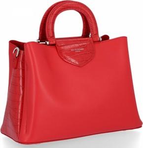 Czerwona torebka David Jones na ramię w stylu glamour