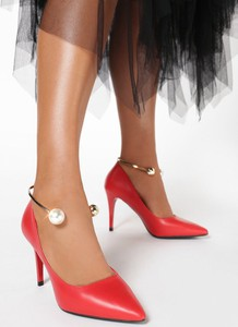 Czerwone szpilki born2be ze spiczastym noskiem w stylu klasycznym