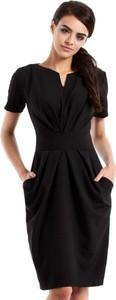 Sukienka MOE z krótkim rękawem z dekoltem w kształcie litery v mini
